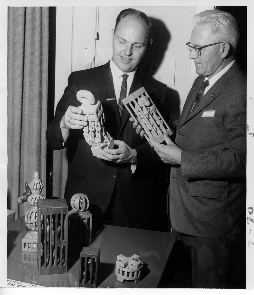 Photograph of Donald M. Fenner and Wendell Gilley at the National Woodcarvers Association Meeting, Herkimer, N.Y., May 1967.