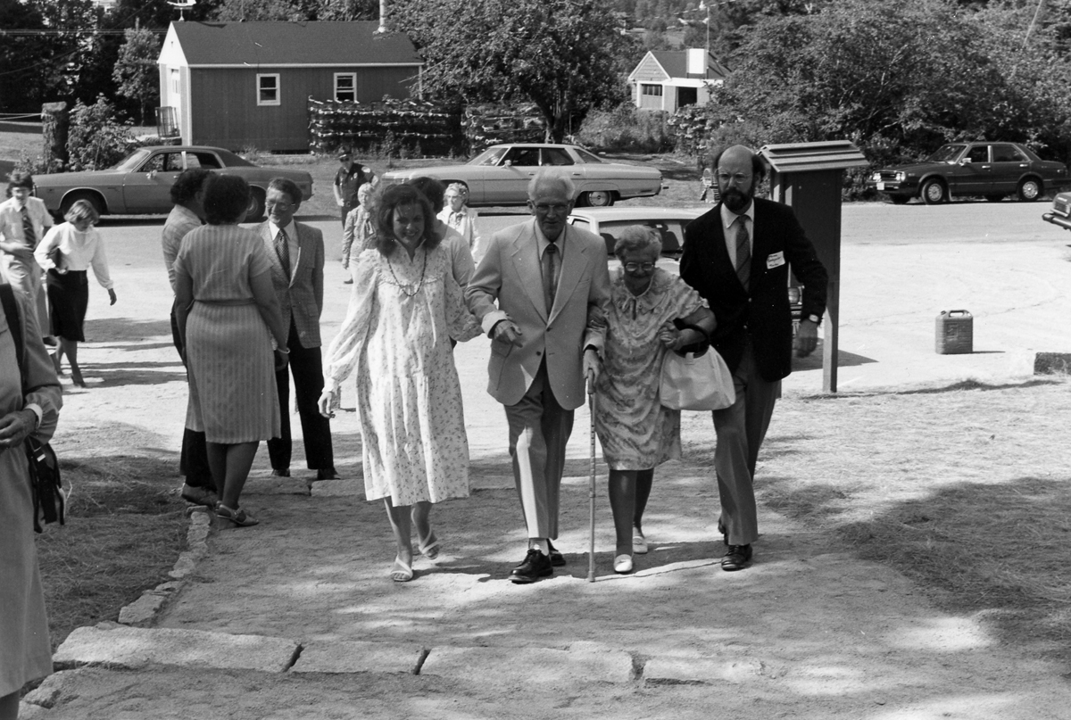 Wendell and Addie Gilley Entering the Gilley Museum on Opening Day